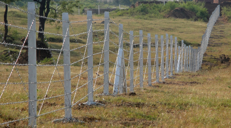 G I Barbed Wire with Cement Pole Compound Works